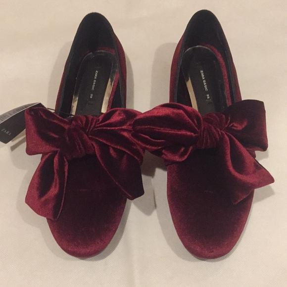 e85a13585a3 Zara Velvet Bow Flats Size 39 US 8